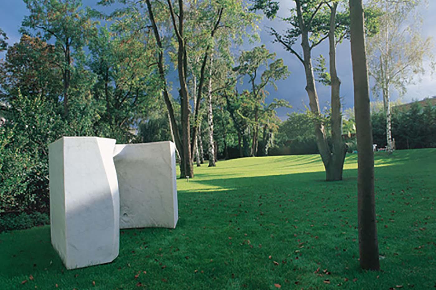 11_Grosser Wuerfel, Bianco Carrara [2000]