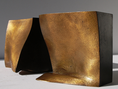 49_Tal I (Leiste), 2010, Bronze, 13,5 x 13,5 x 13,5 cm