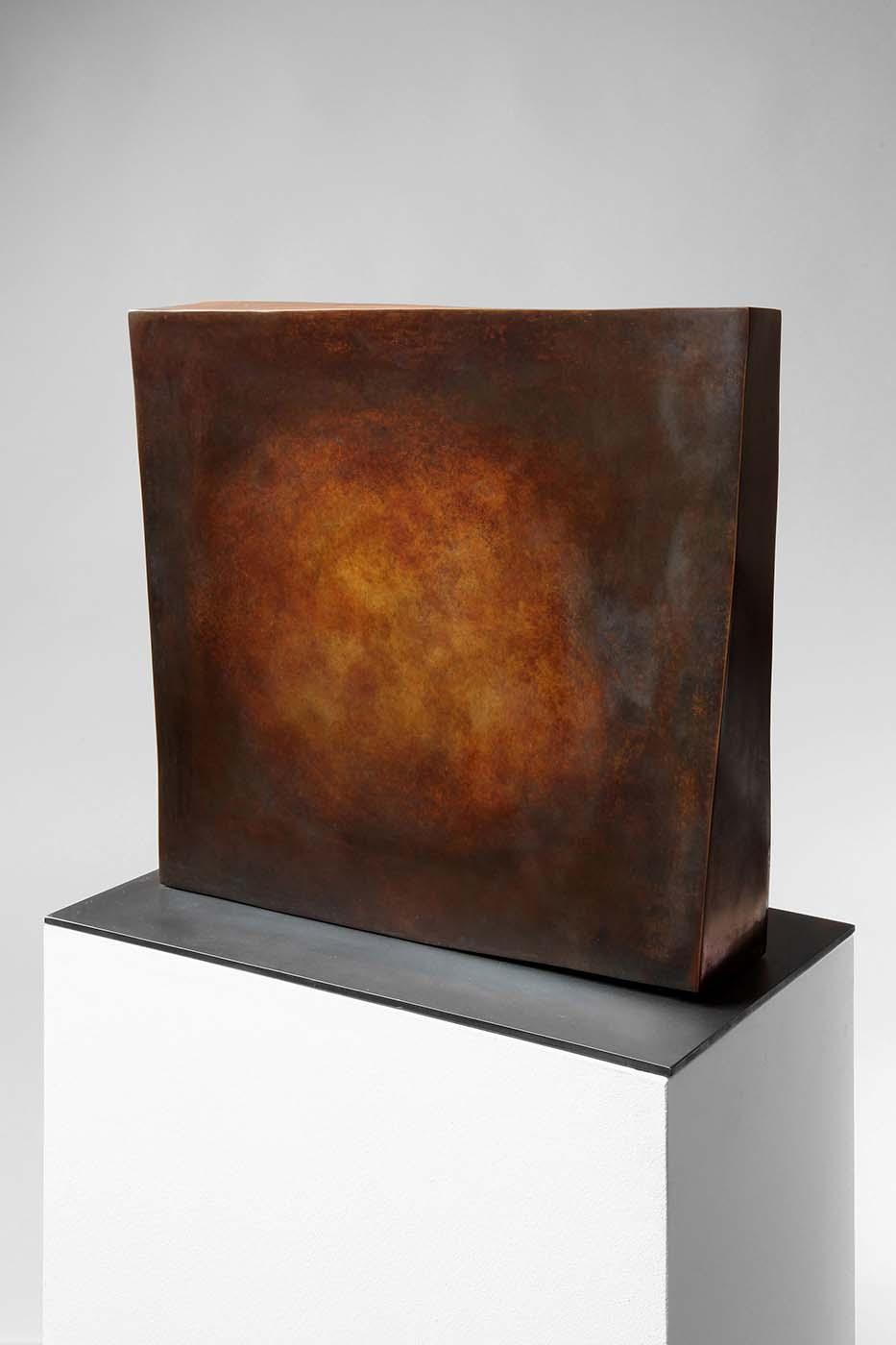 Erotik des Quadrats, 2010, Bronze, ca. 40 x 40 x 10 cm (02)