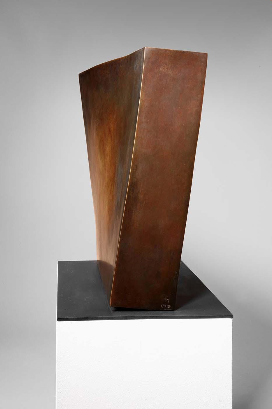 Erotik des Quadrats, 2010, Bronze, ca. 40 x 40 x 10 cm (03)