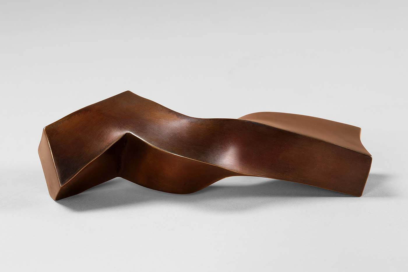 Kleiner Schlaf, 2019, Bronze, 6 x 8,5 x 20 cm, (1).jpg