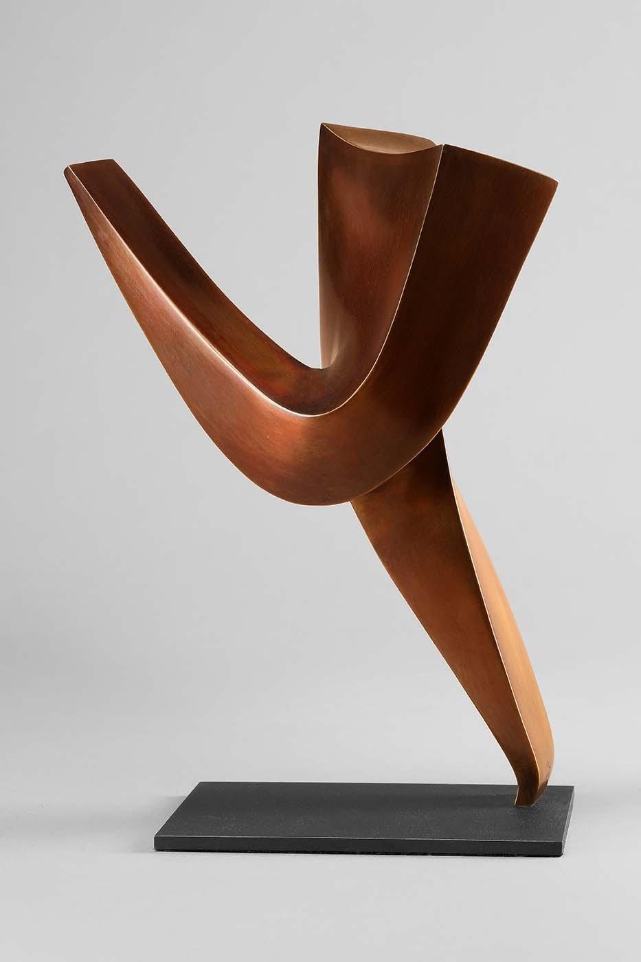 Primadonna, 2016, Bronze, 26 x 11 x 19,5 cm, (2).jpg