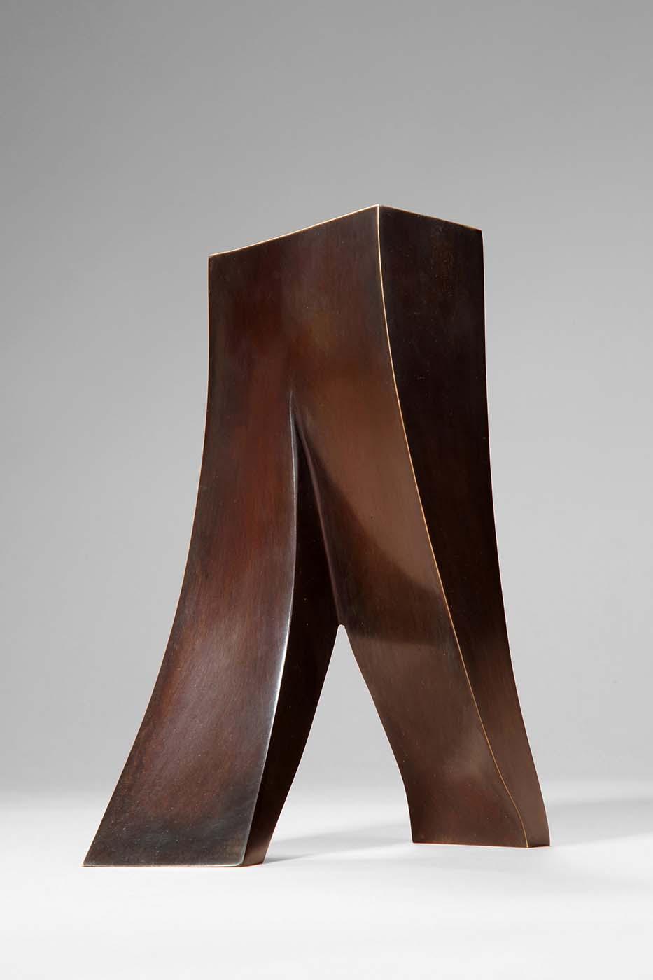 Schritt zum Erfolg, 2011, Bronze, 18,5 x 16 x 9 cm (01)